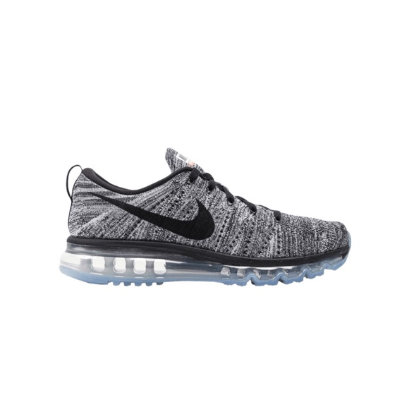 Nike flyknit air max running shoes 7.5 runners